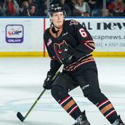 Un jeune hockeyeur canadien révèle son homosexualité, une première en NHL