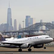 United Airlines reste dans le rouge mais mise sur le rebond du trafic aérien
