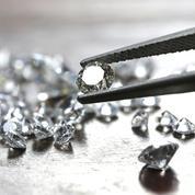 Une escroquerie aux diamants démantelée après avoir fait 1200 victimes en France
