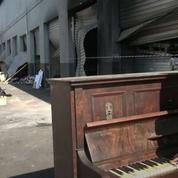 L'émouvant récital d'une professeur de piano à Durban, ville ravagée par les émeutes