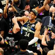 De sans-papiers à champion NBA, l'incroyable odyssée de Giannis Antetokounmpo