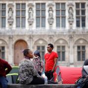 Paris : 325 migrants pris en charge après l'évacuation d'un nouveau campement