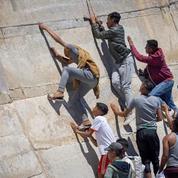 Espagne : au moins 200 migrants ont pénétré dans l'enclave de Melilla