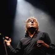 Après son cancer du pancréas, Arno contraint au repos annule ses concerts jusqu'à l'hiver