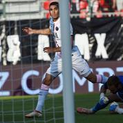 Foot : le premier but signé Achraf Hakimi avec le PSG en vidéo