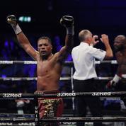 Boxe : Takam s'incline face à Joyce, la ceinture mondiale s'éloigne