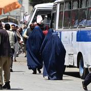 Afghanistan : si les combats continuent, le nombre de civils tués sera «sans précédent» en 2021, dit l'ONU