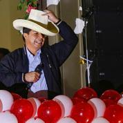 Pérou: investiture sous haute sécurité pour Pedro Castillo
