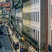 Cas contacts, deux Niçoises de 12 et 13 ans en voyage linguistique confinées dans leur hôtel à Lisbonne
