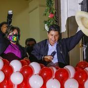 Le nouveau président péruvien Pedro Castillo promet une réforme de la Constitution