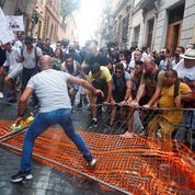 Manifestations contre le passe sanitaire : RSF appelle à «protéger le droit d'informer»