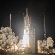 Décollage réussi de la fusée Ariane 5 avec à son bord Eutelsat Quantum