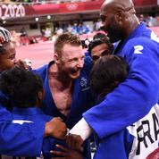 JO : exploit immense des Bleus du judo, médaillés d'or en battant le Japon