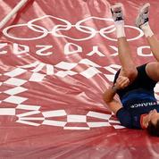 JO : touché à la cheville et au talon, Lavillenie échoue dans sa quête d'un podium