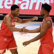 NBA : Lowry rejoint Miami pour trois ans, Butler et Robinson rempilent
