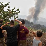 Grèce : les pompiers bataillent contre deux incendies préoccupants à Olympie et Eubée
