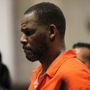 Le procès de R. Kelly, accusé de nombreux abus sexuels, s'ouvre sur fond de #MeToo