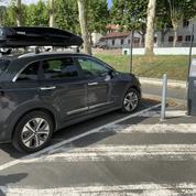 Partir en vacances en voiture électrique, un choix qui «demande de l'organisation»