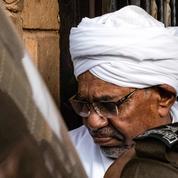 Darfour : le Soudan va remettre Omar el-Béchir et d'anciens dirigeants recherchés à la Cour pénale internationale