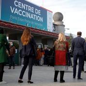 Centres de vaccination vandalisés: l'opposition aux mesures sanitaires ne faiblit pas