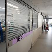 Dans les hôpitaux, le passe sanitaire entre doucement dans les mœurs