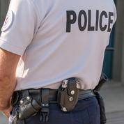Perpignan : la police découvre des tenues militaires et des drapeaux islamistes dans un appartement
