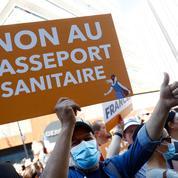 Manifestations anti-passe : enquête ouverte sur des pancartes considérées comme antisémites