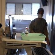 Covid-19 : hospitalisations en hausse, contaminations en baisse