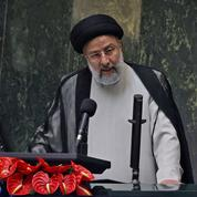 Le président iranien Ebrahim Raïssi estime que la «défaite» des Américains doit se transformer en «opportunité de paix»