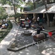 «On m'a demandé de venir dans l'heure» : ces Français et Afghans qui attendent leur évacuation à Kaboul