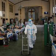 Covid-19 : record de contaminations aux Philippines, qui allège ses restrictions