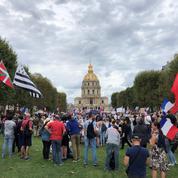 Covid-19 : à Paris, les anti-passe sanitaire affaiblis par les divisions politiques