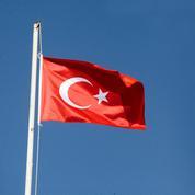 Chypre va révoquer des passeports délivrés à des responsables chypriotes-turcs