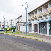 Le confinement et le couvre-feu prolongés en Martinique