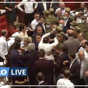 Arménie : bagarre entre députés du pouvoir et de l'opposition au Parlement
