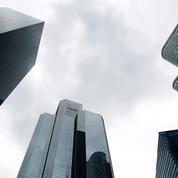 Le climat des affaires reste à un «haut niveau» mais continue à se tasser en août, selon l'Insee