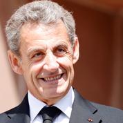 Nicolas Sarkozy signe Promenades ,un ouvrage sur l'art et la littérature