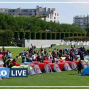 500 migrants sans-abri installent des tentes devant la préfecture d'Île-de-France