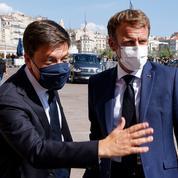 «Président-candidat», «communication à l'état brut»... : la droite et le RN critiquent la visite d'Emmanuel Macron à Marseille