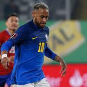 Foot : Neymar se défend d'être en surpoids avec humour