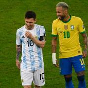 Neymar et Messi, partenaires en club, mais adversaires ce dimanche