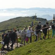 Selfie avec des vaches, drones... Ce «tourisme» dont la montagne ne veut plus