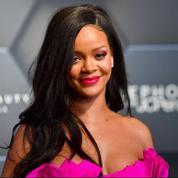 Deux semaines avant le procès, Rihanna retire sa plainte contre son père