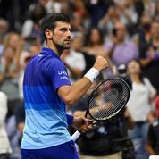 US Open : Tel le roseau, Djokovic plie mais reste accroché à son rêve