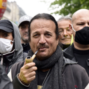 Menacé par Francis Lalanne lors d'un contrôle, un agent de la SNCF porte plainte