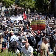Toulouse : des affrontements entre militants lors de la manifestation anti-passe sanitaire
