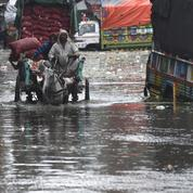 Au moins 14 personnes de la même famille tuées par la foudre au Pakistan