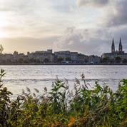 Bordeaux : une statue d'esclave recouverte de blanc, la mairie va porter plainte