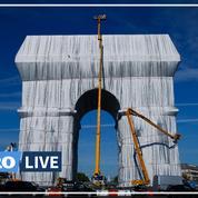 Macron inaugure l'Arc de Triomphe empaqueté, le «rêve fou» de l'artiste Christo