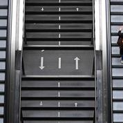 Les Londoniens chutent dans le métro de peur d'attraper le Covid